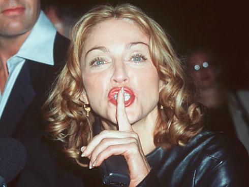 La carta en que Madonna vapulea a Whitney Houston y Sharon Stone sale a la luz