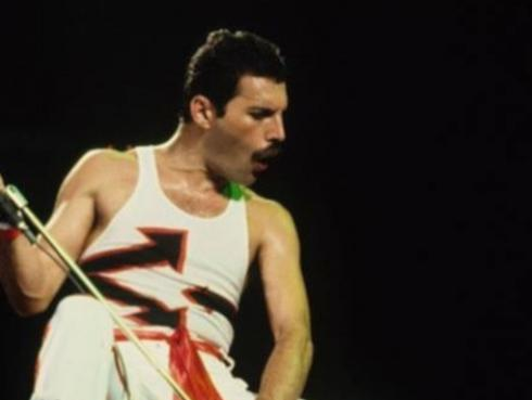 Zac Posen habla sobre el legado de Freddie Mercury en la moda