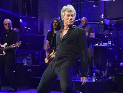 Bon Jovi aclara motivos de la salida del grupo de Richie Sambora