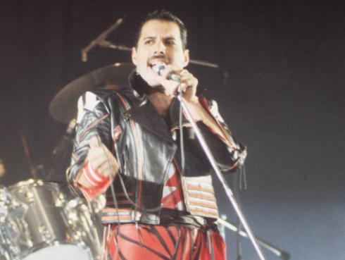 Lo que revelan las últimas fotos de Freddie Mercury [FOTOS]