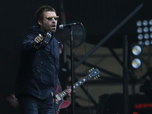Liam Gallagher usa las canciones de Oasis para alentar a sus fans a lavarse las manos