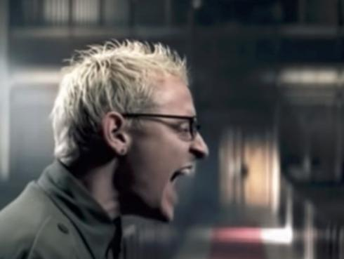 Escucha a Chester Bennington cantar 'Numb' a capela [VIDEO]