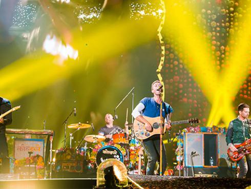 Los integrantes de Coldplay fueron captados grabando algo nuevo