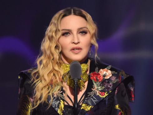 Madonna evita que subasten la carta donde 2pac termina su noviazgo