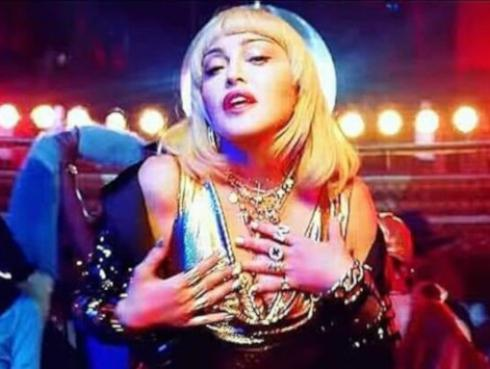 Madonna presenta controversial video de 'God control'
