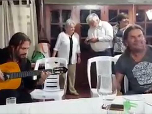 Maná improvisó 'Vivir sin aire' para expresidente de Uruguay, José Mujica
