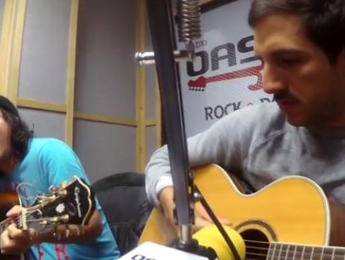 #Fogatera: Marcello Motta y Piccini interpretaron 'Caras Maquilladas', de Amén [VIDEO]