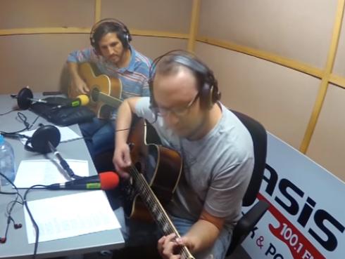 #Fogatera: El Marshall y Piccini interpretaron 'Like a Stone', de Audioslave
