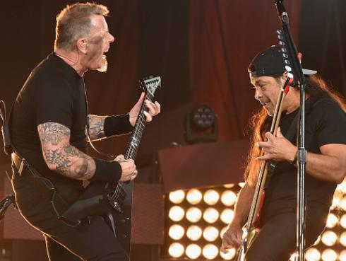 Metallica sorprende con cover de 'Clampdown' de The Clash [VIDEO]