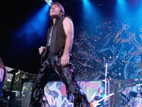 Metallica versionó tema de Iron Maiden durante concierto en Londres