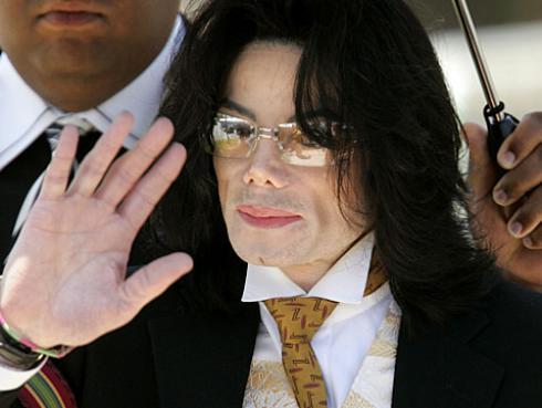 Hijos de Michael Jackson venden catálogo musical de su padre a Sony por millonaria cifra