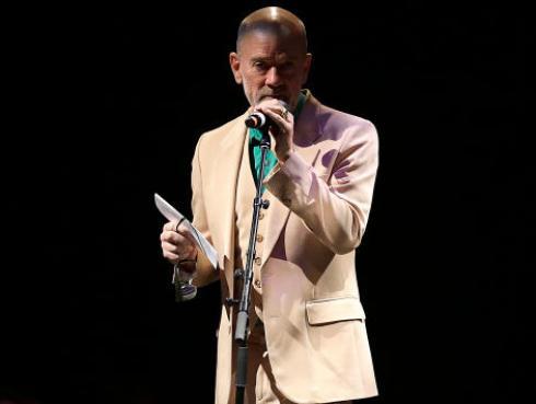 Michael Stipe, excantante de R.E.M., presenta su nueva canción como solista
