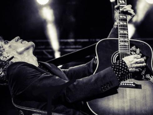 Mikel Erentxun cierra su trilogía musical con 'El último vuelo del hombre bala'