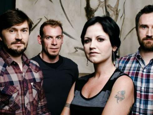 ¡Murió Dolores O'Riordan, vocalista de The Cranberries, en Londres!