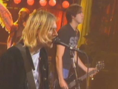 Nirvana volvió a los escenarios para ofrecer un concierto benéfico
