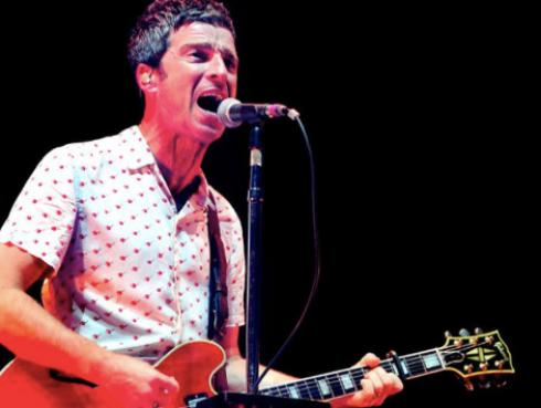Noel Gallagher arremetió contra artistas que no escriben sus canciones