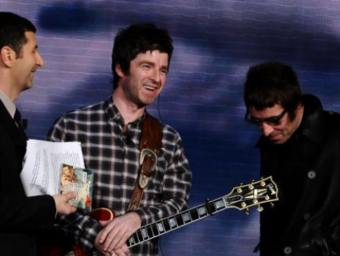 Noel Gallagher podría reunir a Oasis si Liam Gallagher deja Twitter