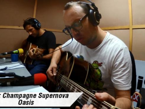 #Fogatera: El Marshall y Piccini interpretaron 'Champagne Supernova' de Oasis