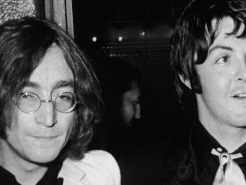 Así se conocieron John Lennon y Paul McCartney hace 60 años