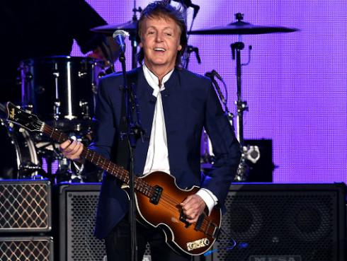 Paul McCartney se suma al #MannequinChallenge con esta singular pose [VIDEO]
