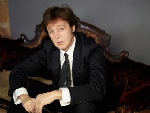 Paul McCartney se reunió con Ringo Starr y Tom Hanks