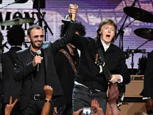 Paul McCartney y Ringo Starr coincidieron en un evento de moda