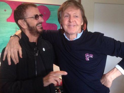 Paul McCartney y Ringo Starr se reúnen para hacer música [FOTO]
