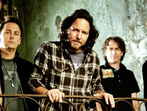 Pearl Jam celebra sus 25 años de carrera con emotivo video