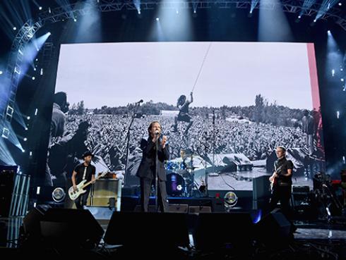 Pearl Jam recuerda valioso momento que compartió junto a Chris Cornell