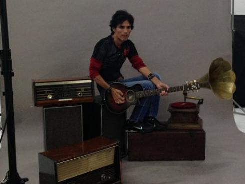 Pedro Suárez Vértiz mostró su felicidad por participar en reality de canto
