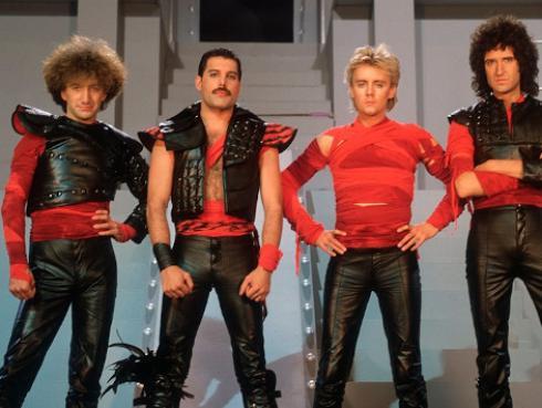 Peruana apareció en el nuevo videoclip de Queen