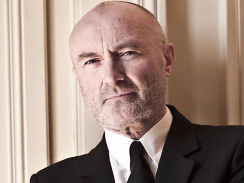 Phil Collins reapareció en los escenarios tras estar hospitalizado de emergencia