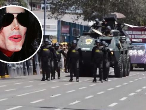 ¡Policías marchan al estilo de Michael Jackson y Robocop! [VIDEOS]