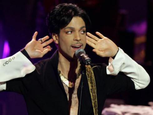 ¿Por qué se peleó Prince con YouTube? ¡Videos del cantante regresaron a la plataforma oficialmente!
