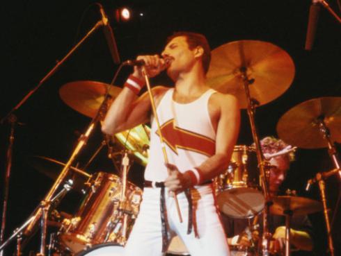 Filtraron imágenes de Rami Malek en el papel de Freddie Mercury para la película de Queen [VIDEO]