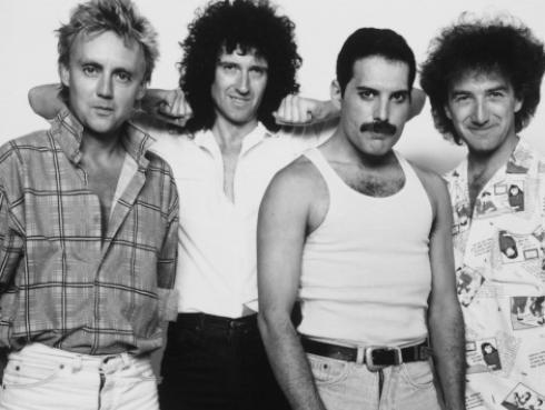 Queen: conoce la historia detrás de las últimas fotos de Freddie Mercury en su jardín