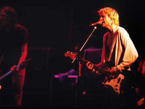 Recuerda la pelea entre Kurt Cobain y Axl Rose en los MTV VMAs 1992