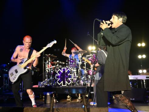 Red Hot Chili Peppers dará concierto en las Pirámides de Egipto [FOTO]