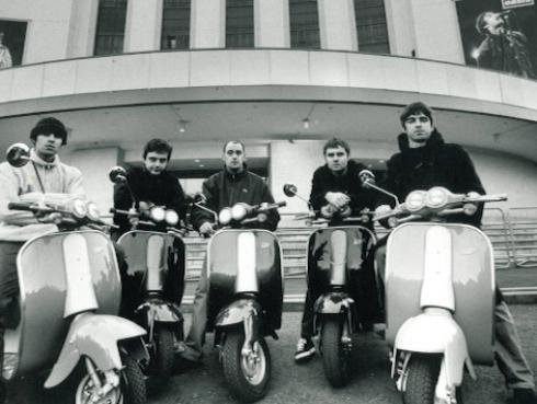 Reeditarán disco 'Definitely Maybe' de Oasis por sus 25 años