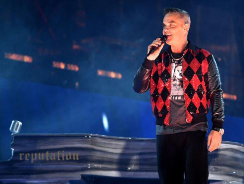 Robbie Williams confiesa su deseo por tener más hijos