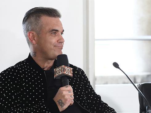 Robbie Williams grabó nueva canción navideña