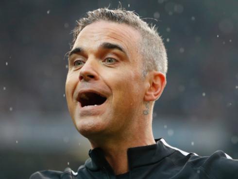Mira cómo fue la noche que Robbie Williams jamás olvidará [VIDEO]