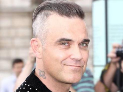 Robbie Williams hizo FaceTime con su celebridad favorita
