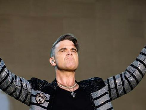 Robbie Williams vende su mansión porque está 'embrujada'