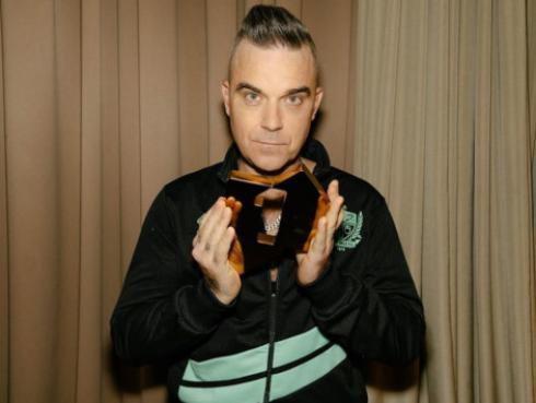 Robbie Williams y el motivo por el que dejó de fumar