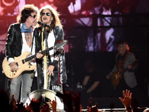 Se cumplen 18 años de la inolvidable presentación de Aerosmith en el Super Bowl