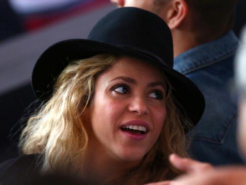 Critican a Shakira tras desmentir millonaria donación a damnificados del huracán Matthew