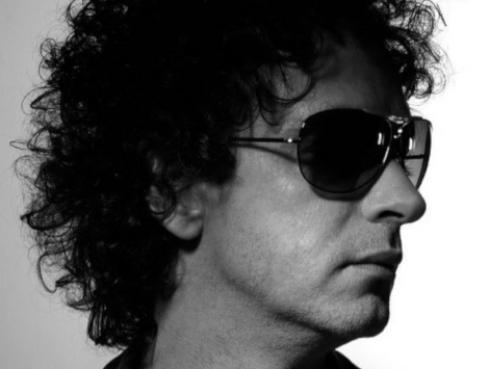 Gustavo Cerati, de Soda Stereo, vuelve en la voz de Shakira