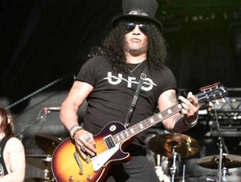 Slash y su fanatismo por las serpientes