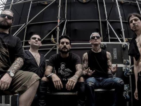 Banda peruana Contracorriente en gira por estadios de Europa con Scorpions